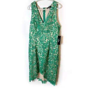 NWT Lulus lace dress Sz M